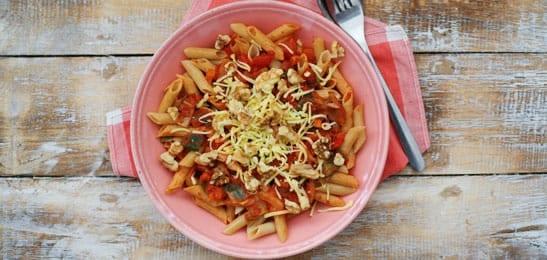 Vegetarische pasta penne met noten