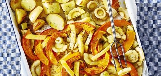 Geroosterde wintergroenten met zelfgemaakte pesto