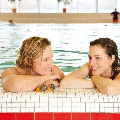 sporten en bewegen leven met diabetes zwembad