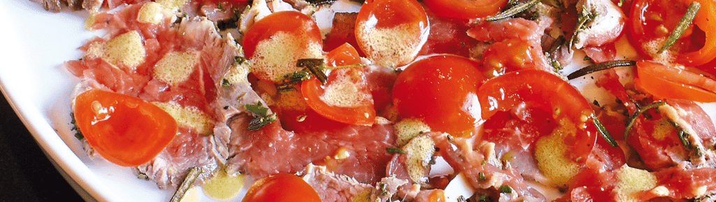 Rundercarpaccio met asperges en ansjovis